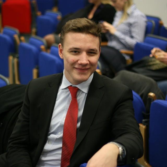 Lukas Schmelter[1](1)